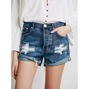 One Teaspoon Outlaws Distressed Shorts 28